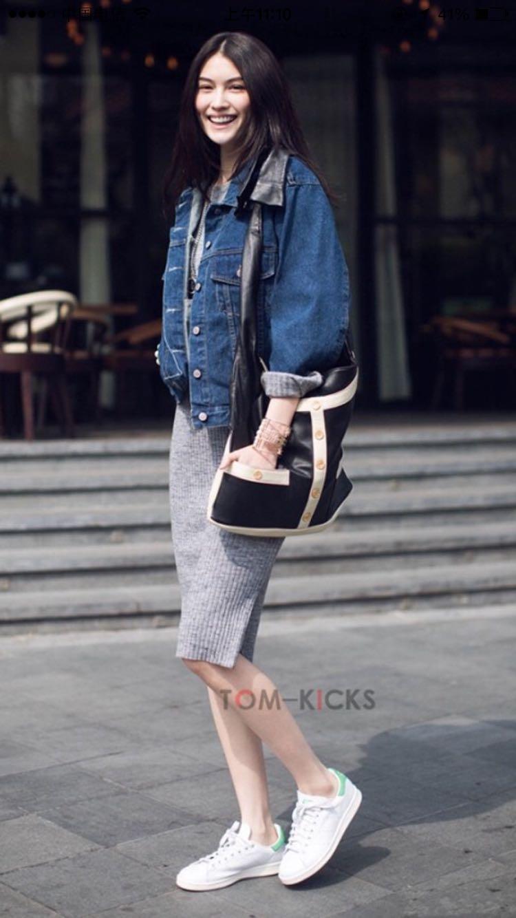 有哪些品牌好看、女生舒服的样式运动鞋女生/什么喝穿着茶养颜排毒图片