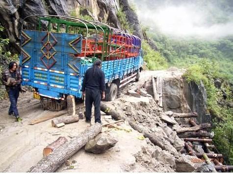开车去西藏安全吗?(川藏线)?