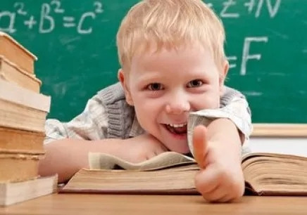 五篇国外儿童英文诗歌朗诵!我爱记单词.图片