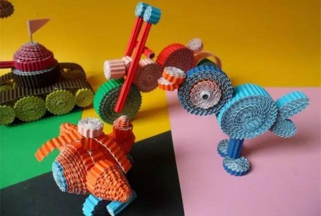 幼儿园手工制作:瓦楞纸手工制作教程