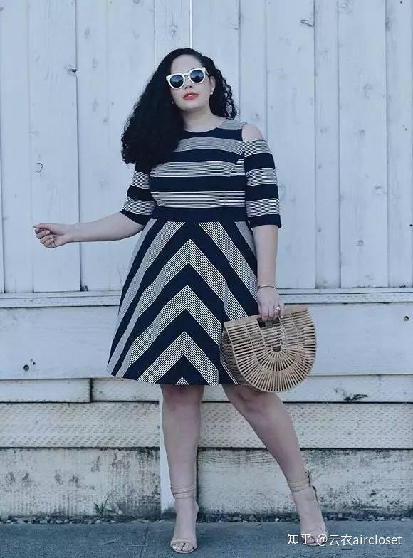 X腿型的女生穿A字裙不很难看?女生奶头敏感图片