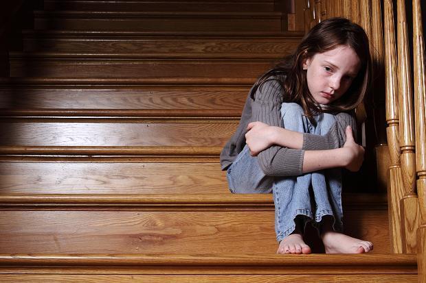 """""""童年期情感忽视"""",你是受害者还是施害者?"""