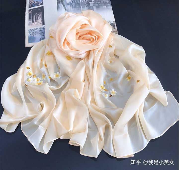 为什么真丝围巾便宜好看真丝衣服贵丑?
