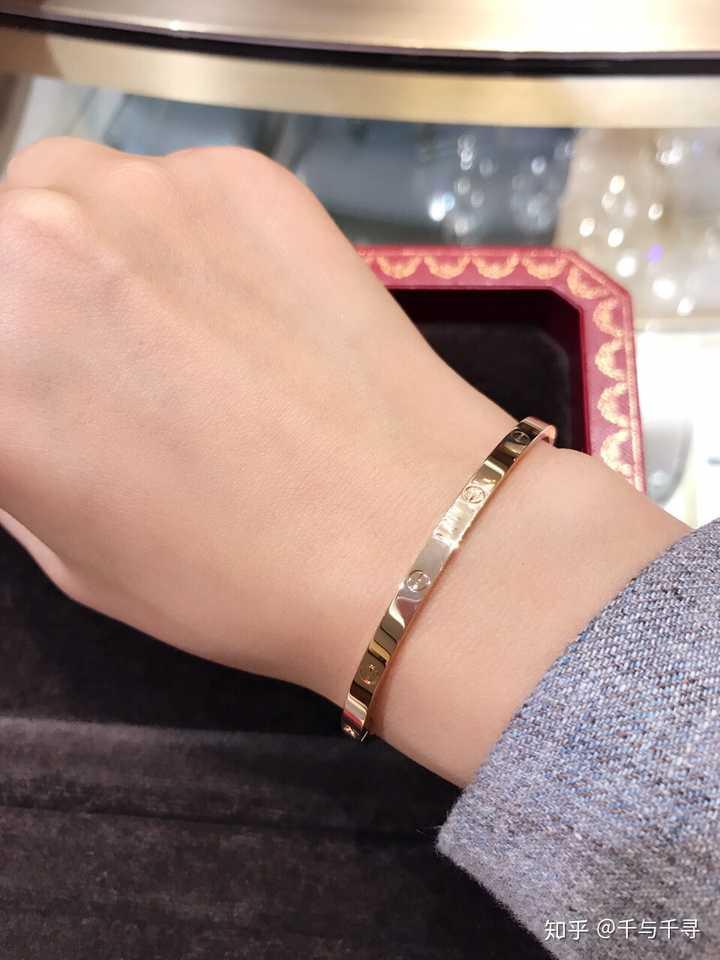 为何卡地亚手镯那么受欢迎?Cartier靠什么获大众喜爱?