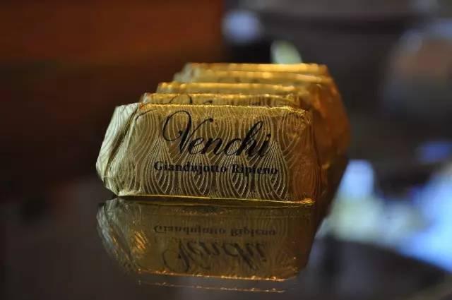 鱼子酱巧克力,要留给这天吃巧克力2