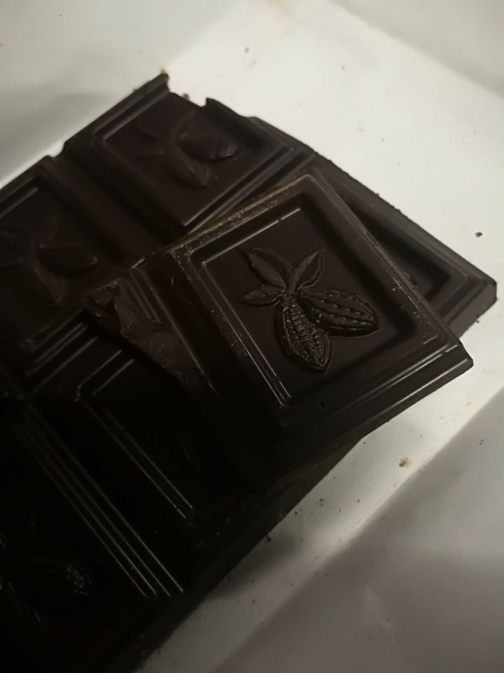 俄罗斯黑巧克力测评巧克力17