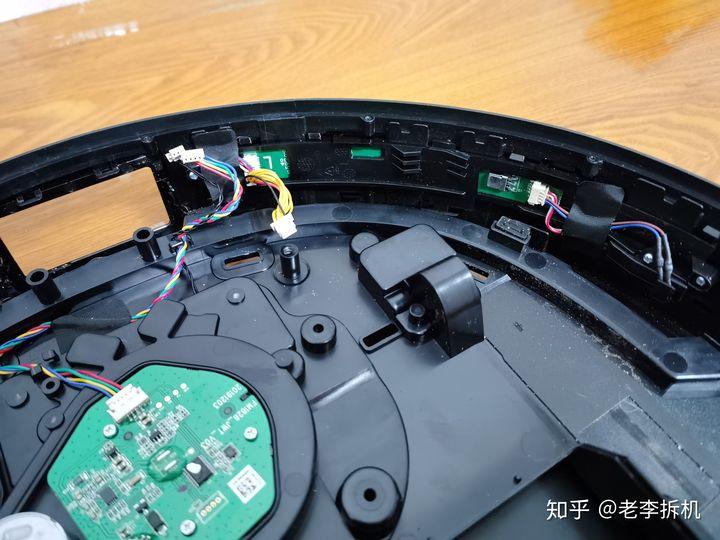 最新分享:科沃斯T8扫地机器人拆解内容必看 电器拆机百科 第4张