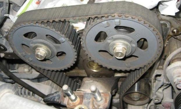 潍柴430马力发电机皮带什么型号?看视频了解发电机皮带型号