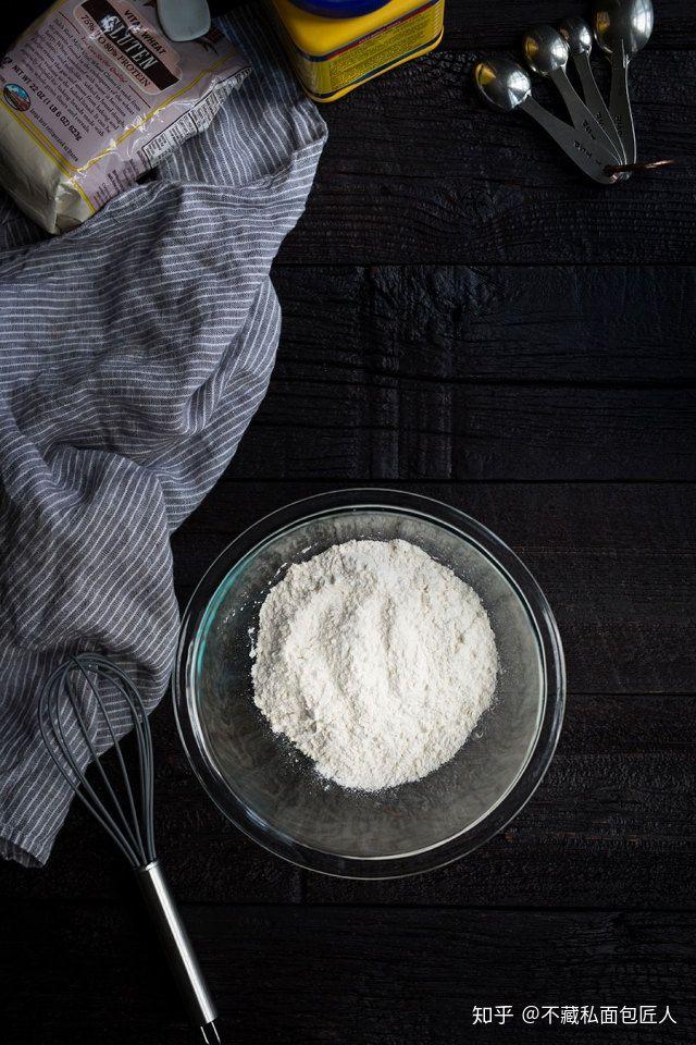 高低筋面粉区别及用途!那些年买高低筋面粉的钱,都白花了!