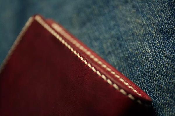 手工皮具的手缝过程,爱马仕双波浪骑马针法是怎么缝的?