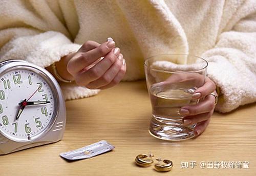 蜂蜜水与rutmycin一起吃?罗伊霉素可以喝蜂蜜水吗?