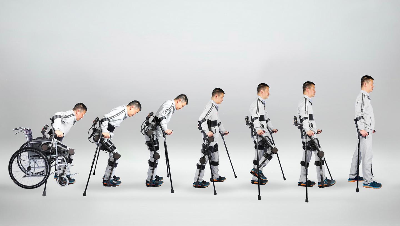 大艾 搭配智能化的检测分析系统,他们的外骨骼机器人让下肢运动功能障碍患者科学康复