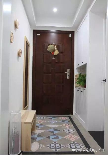 我家的厨房_进门直面客厅?没有玄关的3个解决方案! - 知乎