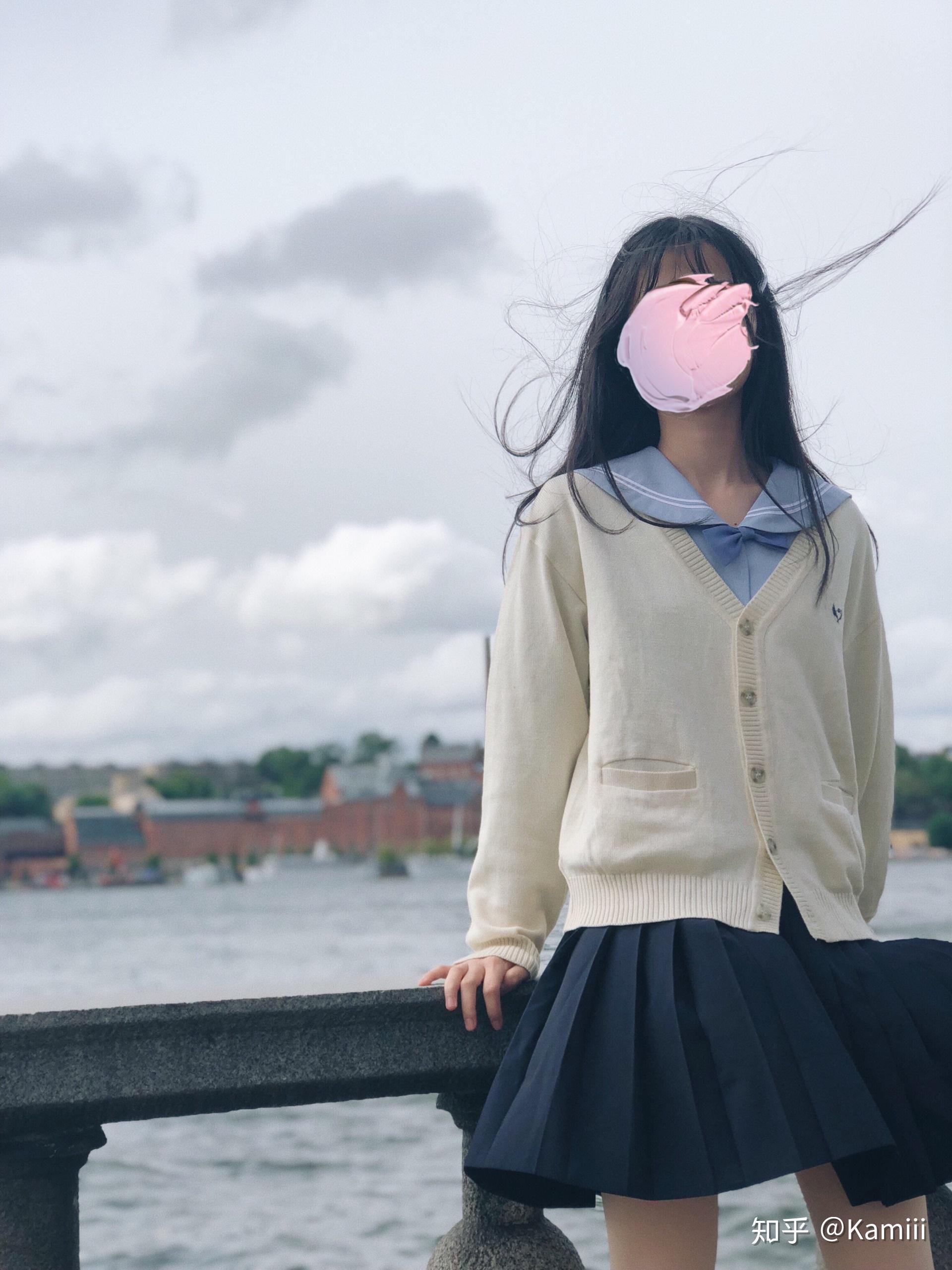 jk配白色袜子_能否分享你在夏天的jk制服搭配? - 知乎