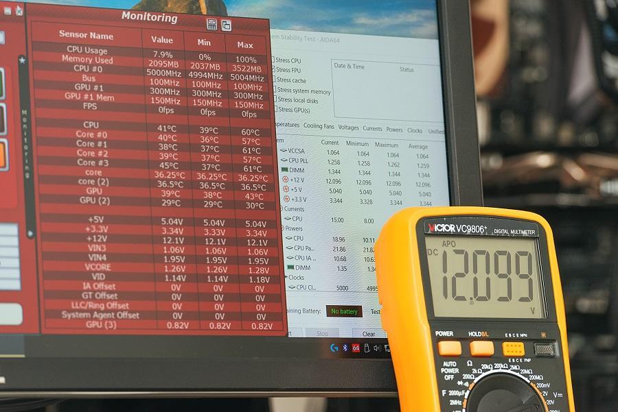 用软件测试电源电压准确吗?