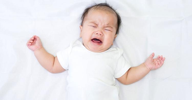 """医疗保健 (157):婴儿哭闹 """"冷处理"""" 会有不良影响吗?│容谨"""