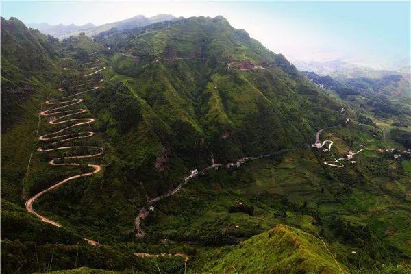 中国最惊险的三大盘山公路,你敢挑战哪一条?