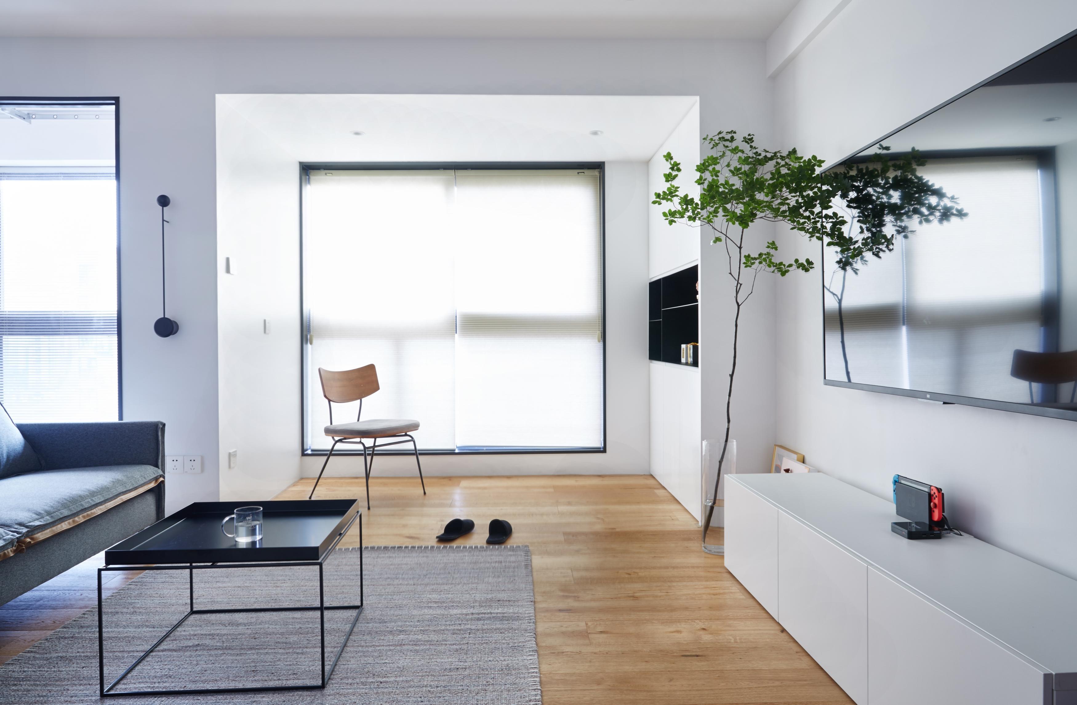 110㎡城市新中产的家,吧台、榻榻米、极致收纳...自带清爽氧气感!