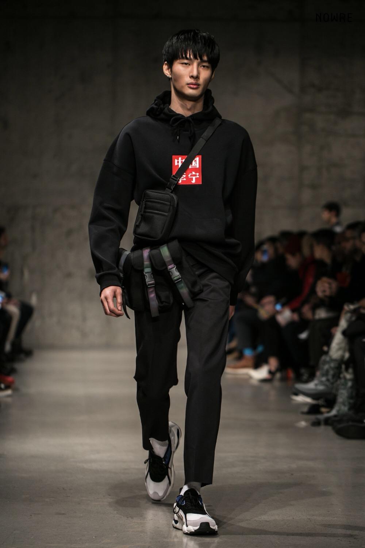 怎样看待 国产运动品牌李宁参加纽约时装周?
