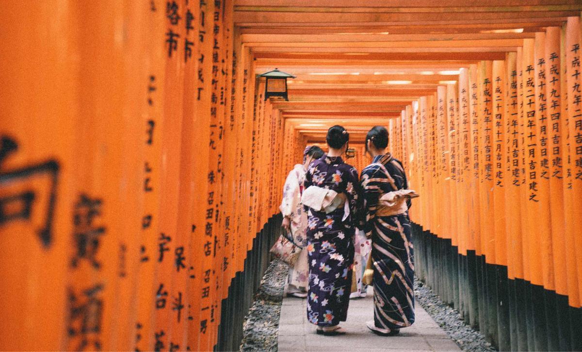 去京都漫步,住胶囊吃泡饭