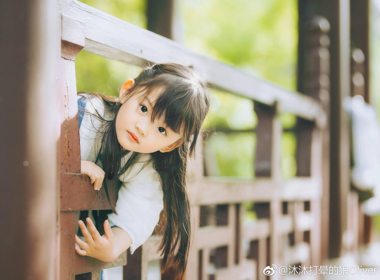 小故事_大冰新书《我不》封面的小女孩是谁?背后有什么故事? - 知乎