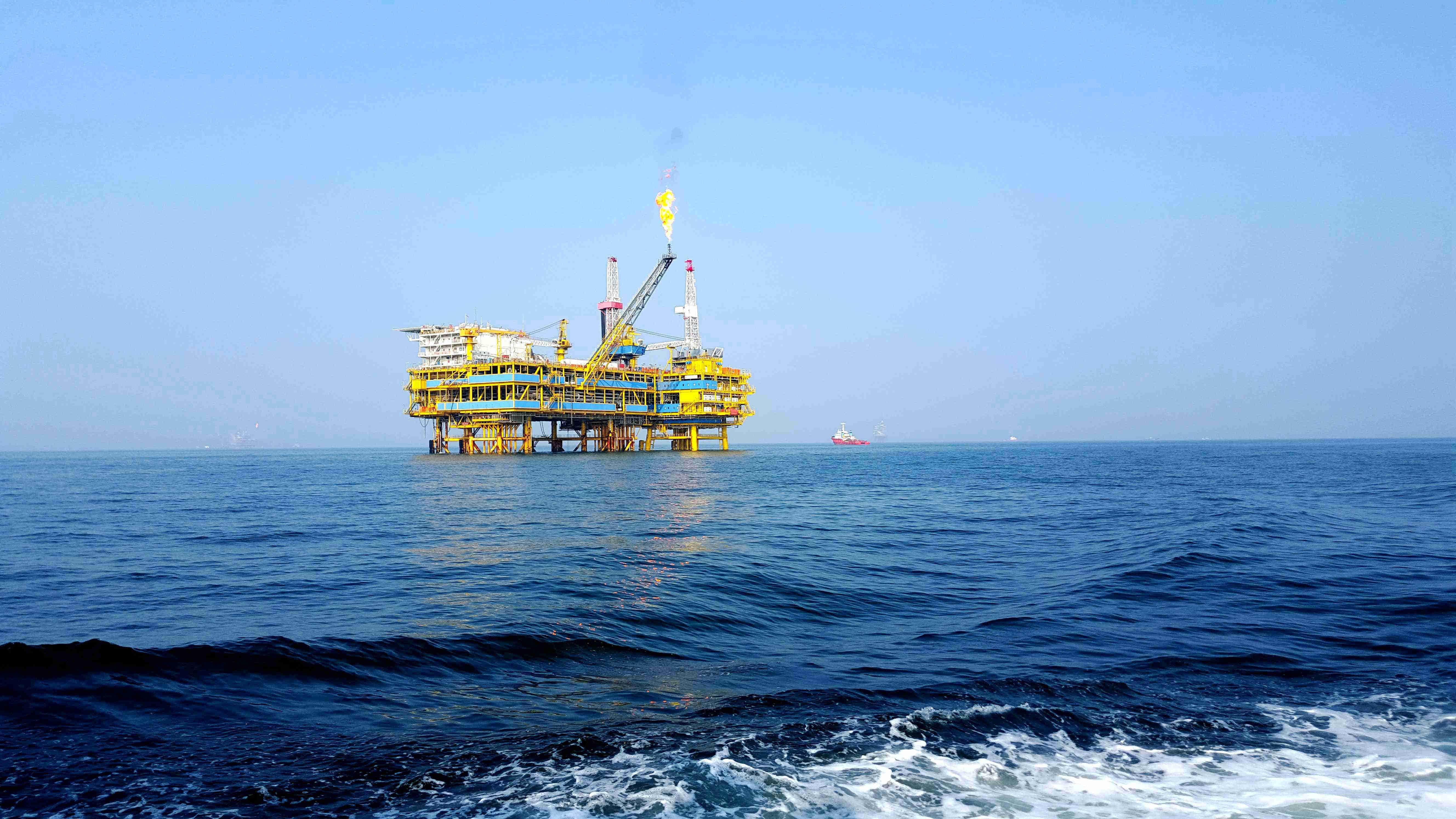 什么是雾霾_在海上钻井平台上生活是什么样的体验 - 知乎