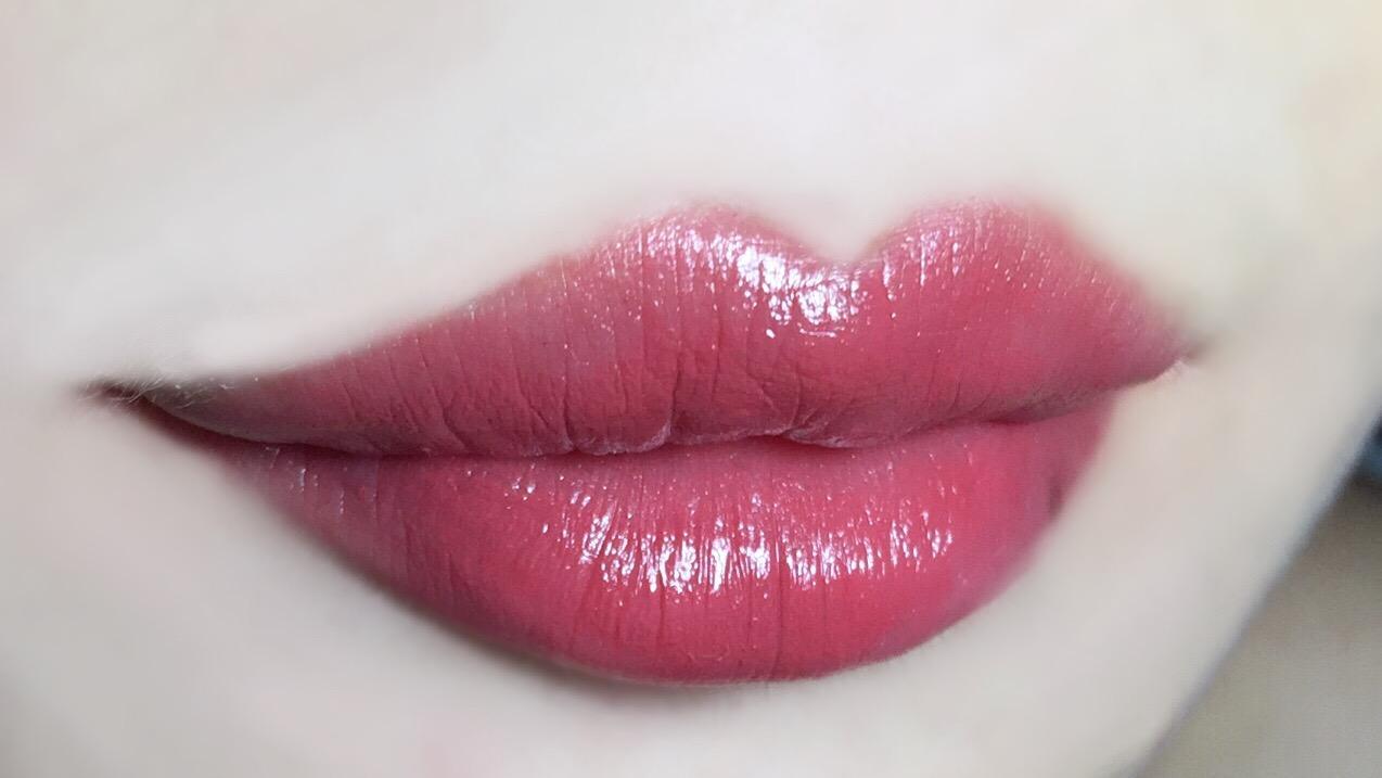 口红到底应该怎么涂?七种唇妆涂法,总有一款你会喜欢。