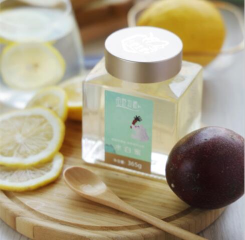 檸檬蜂蜜水可以喝嗎?檸檬蜂蜜水可以在冬天喝酒嗎?