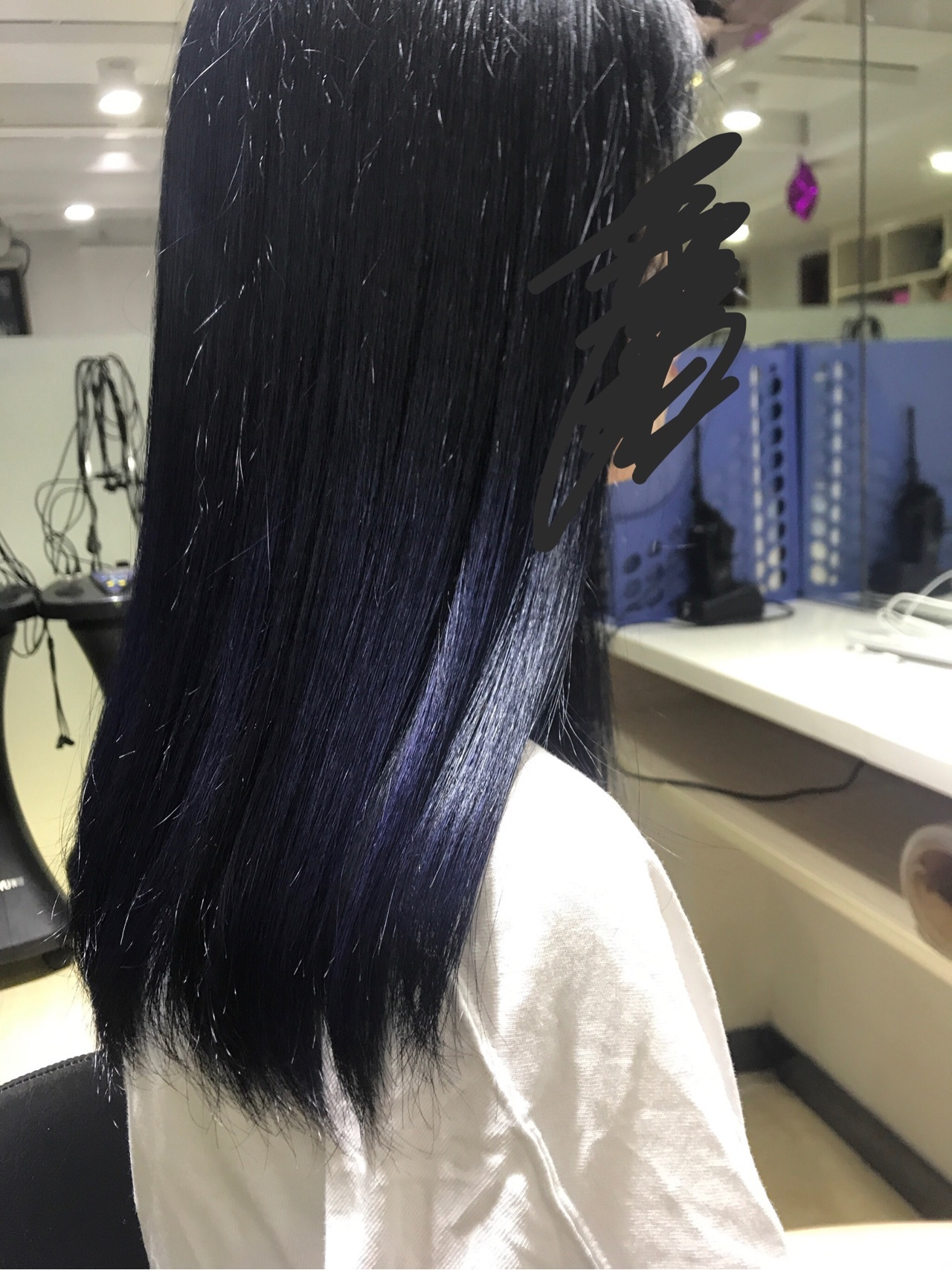 看色_不漂头发染深蓝色褪色后是啥颜色? - 知乎