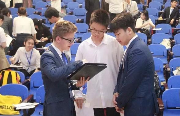 中国青年商赛浙江赛区冠军被宁波华茂国际学校拿下
