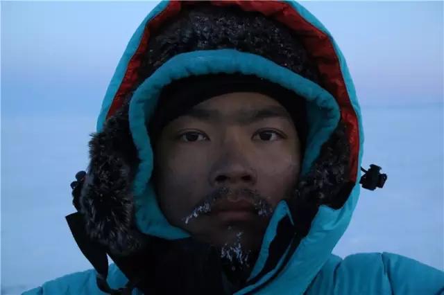 国人首例700公里贝加尔湖无人区重装穿越,挑战致命蓝冰世界