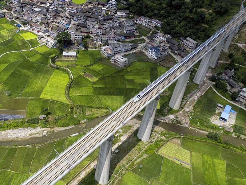 一带一路中国版全球化(4):十纵十横暗合泛亚铁路│脫苦海
