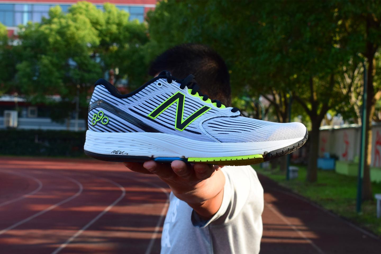 pretty nice 75e2b 60b7e 今春长距离速度训练之大魔王—New Balance 890V6跑鞋- 知乎