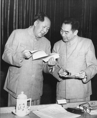 中国有幸,出了毛泽东和周恩来双子星,总理舍生忘死保护主席