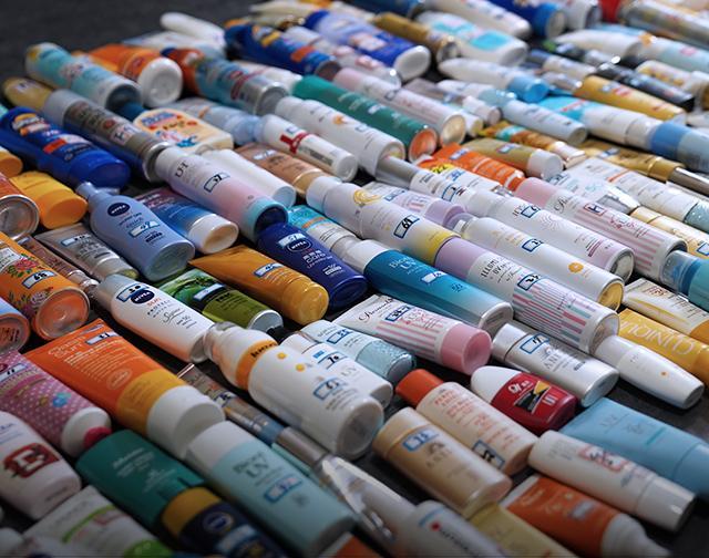 哪个牌子的防晒霜比较好?疯狂评测全球302款防晒霜给你答案!