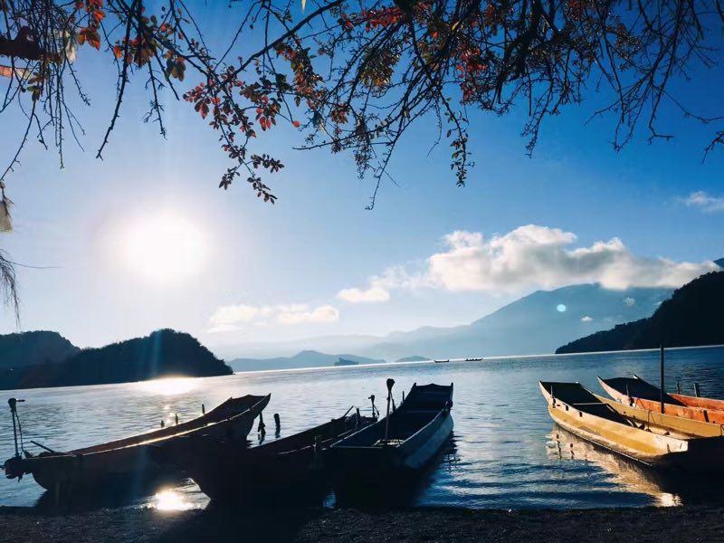 玩转丽江、香格里拉、泸沽湖和大理。我和我妹妹关于丽江旅行的live。