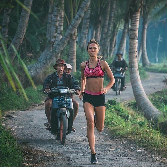 马拉松比赛后,怎样让自己快速恢复?