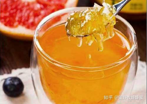 如何喝蜂蜜葡萄柚茶?蜂蜜泡沫茶是适当漂流的