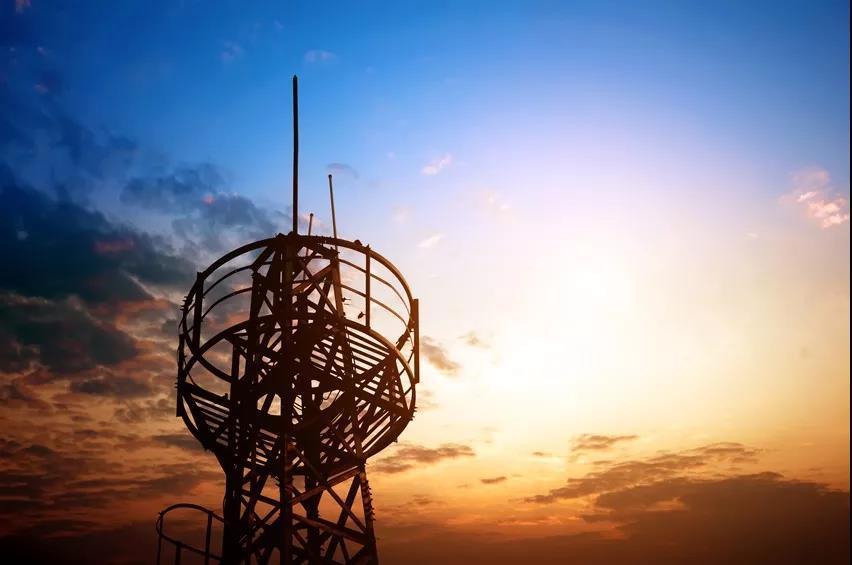监管释放一个信号,巨头如何应对?