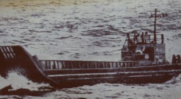 缔造传奇:坦克登陆驳船海上50日求生记