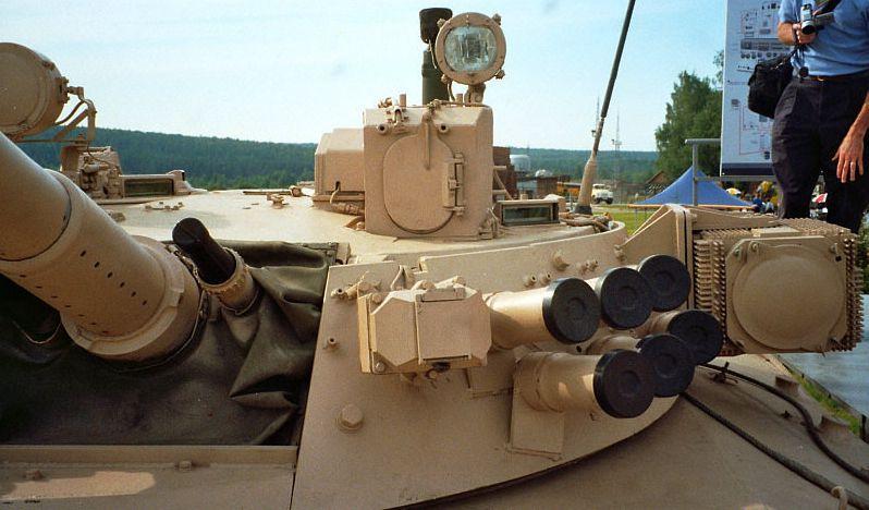 苏联/俄罗斯Shtora-1/-2坦克光电干扰系统简介