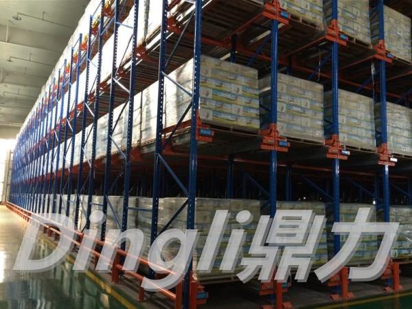 佛山货架厂定制的半自动化仓储货架有哪些优势?
