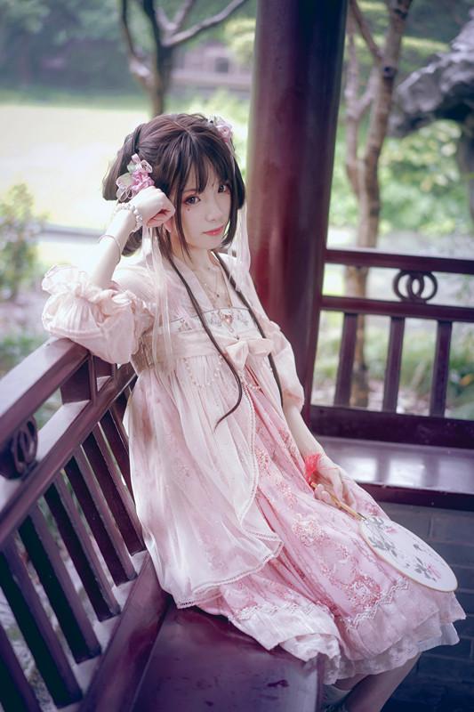 猫叔_有哪些令人惊艳的 Lolita 服饰? - 知乎