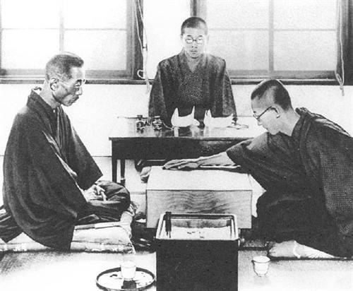 84年前,引发布局革命,载入史册的三手棋!